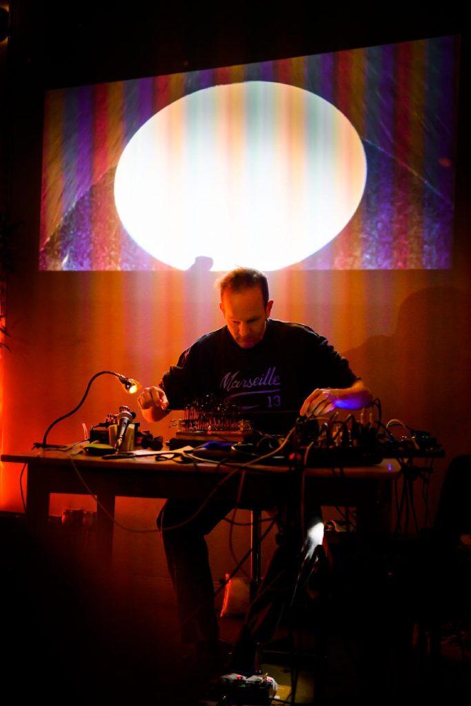 Andreas O Hirsch Live-Set im Fotoraum Köln